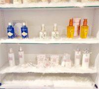 毎月選べるデパコスなどの化粧品をご用意しています♪ 中にはこの中から月に5個以上も貰う女の子も( *´艸`)☆! お仕事のモチベーションも上がります♪